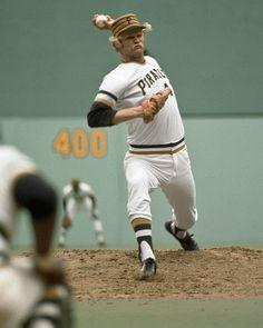 Pittsburgh Pirates Baseball, National League, Sports Stars, Baseball Cards, Motivation, Football, Food, Soccer, Futbol