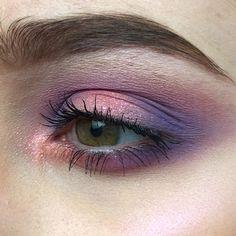 Discover more about eye makeup tips techniques Eye Makeup Tips, Makeup Goals, Makeup Inspo, Makeup Art, Makeup Inspiration, Beauty Makeup, Hair Makeup, Prom Makeup, Makeup Videos