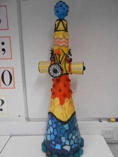 Year 10 Natural Forms Project. Gaudi Inspired towers. Gaudi Mosaic, Aluminum Foil Art, Kids Clay, Spanish Art, Antoni Gaudi, Art Curriculum, Natural Forms, Elementary Art, Art Lessons