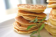 Receta de blinis Pancakes, Brunch, Breakfast, Recipes, Ideas Para, Food, Gastronomia, Canela, Buttermilk Pancakes