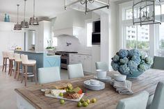coastal dining room | Cindy Meador Interiors