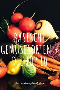 Basische Gemüsesorten – die Top 10 - Viele Menschen fühlen sich einfach besser, wenn sie 70-80% basische Lebensmittel zu sich nehmen. Daher hier die Top 10 der basischen Gemüsesorten! #Basisch, #BasischeErnährung, #Feldsalat, #Fenchel, #Gemüse, #Grünkohl, #Karotten, #Kohlrabi, #Möhren, #PRALWert, #Rosenkohl, #Rucola, #SäureBasenDiät, #Sellerie, #Spinat, #Zucchini Zucchini, Alkaline Diet, Vegetables, Food, Workout, Alkaline Recipes, Essen, Work Out, Vegetable Recipes
