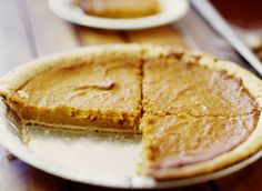 Classic Sweet Potato Pie With Cinnamon and Vanilla: Sweet Potato Pie
