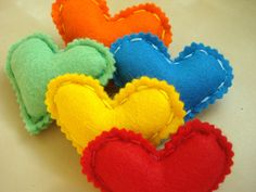 Lovely jubbily felt heart brooches in colours