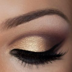 #vegasnay ~Prime eye with UD primer potion & define crease with (use smudger brush) MAC 'EMBARK' & form 'V' on outer crease 2.) Shade upward with MAC 'SADDLE' and highlight brow bone with MAC 'BLANC TYPE' 3.) pat Urban Decay 'HALF BAKED' on lid 4.) apply MAC FIG. 1 above crease for a boost of color & finish with your favorite gel liner.