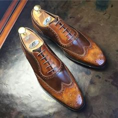 Hot Shoes, Men S Shoes, Suit Fashion, Mens Fashion, Running Belt, Fitness Gifts, Beautiful Shoes, Nice Men, Loafers Men
