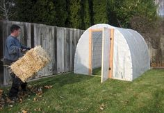 how to build an inexpensive greenhouse