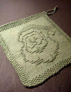 Free knitting pattern for Santa dishcloth and more holiday decoration knitting patterns