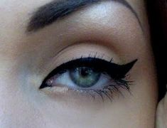 the perfect cat eye .. from tear duct to the outer corner