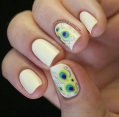 i don't know if its the design or the colors..but i found myself going back for this one ;]