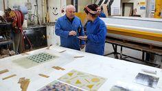 Bespoke Atelier ukazuje jak v továrně ručně vyrábí nové vzory