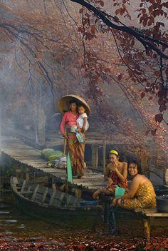 Suasana kampung - Indonesia