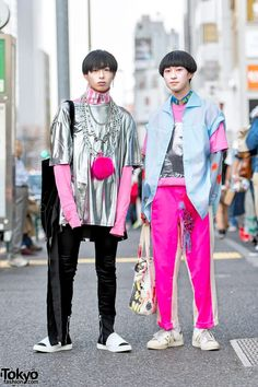Silver & Pink Street Styles w/ Comme Des Garcons, Yohji Yamamoto, Just In Case, Hussein Chalayan & ilil Tokyo (Tokyo Fashion News) Korean Fashion Trends, Japanese Street Fashion, Tokyo Fashion, Harajuku Fashion, Fashion News, Harajuku Style, Runway Fashion, Mens Fashion, Korea Fashion