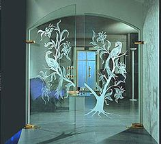 Дизайнерские стеклянные двери ART-DOORS