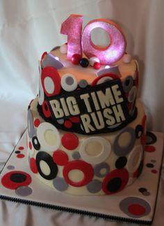 i NEED this cake