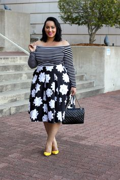 Nice 45 Trendy Spring Plus Size Women Outfits for Spring Street Style . Curvy Girl Fashion, 70s Fashion, Look Fashion, Fashion Outfits, Fashion Skirts, Fashion Mask, Fashion Today, Petite Fashion, French Fashion