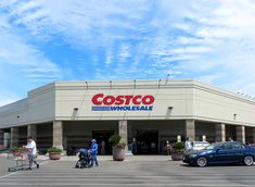 10 Popular Products Coming Back To Costco This Year | Eat This Not That Healthy Grocery Shopping, Costco Shopping, Healthy Groceries, Bob's Red Mill Oatmeal, Sweet Potato Crackers, Love Beets, Holistic Nutritionist, Water Retention