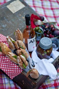 sandwiches - plus packaging...love this for a thank you gift basket idea