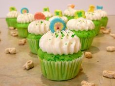 Lucky Charms Cupcakes! So cute