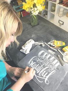 Artist Spotlight: Q&A With SheSheDesign uses simple white chalk and creates something beautiful! Known for her chalk art and hand lettering, she will wow you with her creations! Chalkboard Lettering, Chalkboard Designs, Chalkboard Ideas, Chalkboard Drawings, Chalk It Up, Chalk Art, Craft Projects, Projects To Try, Craft Ideas