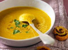 Soupe de lentilles corail au curry - Recettes Discover the recipe Coral lentil soup with curry on ac Curry Recipes, Veggie Recipes, Indian Food Recipes, Soup Recipes, Vegetarian Recipes, Cooking Recipes, Healthy Recipes, Ethnic Recipes, Lentil Recipes