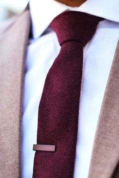 Mens Fashion: brown blazer with contrast collar, white shirt, burgundy tie, burgundy tie clip,