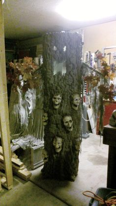 diy haunted all souls tree - I think I may start this idea this winter!