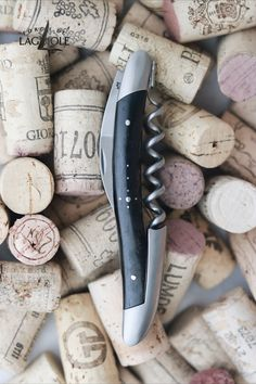 Our original Forge de Laguiole® Sommelier knife with an ebony handle and satin finish. Our authentic Sommelier knife was produced in collaboration with professional Sommeliers and thus gives it its ergonomics, elegance and efficiency.   #wine #sommelier #sommelierknife #winelovers #finewine #giftideas #giftsformen #redwine #whitewine #laguiole #laguioleknife #knife #waiter #waiterknife #forgedelaguiole #handmade #madeinfrance #worldcuisine #drinks #frenchwine