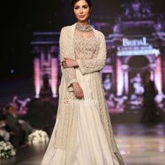 Sonya Battla Bridal Couture Week 2016-ebuzztoday (25)