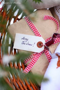 Cute And Incredibly  Christmas Gifts Wrapping Ideas