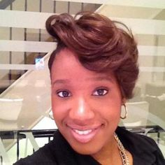 Wedlyne Gilles is one of the professional makeup artists who handle local projects. Aside from providing makeup artist services, she also offers hair styling, coloring and cutting.