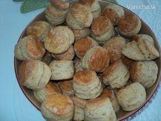 A ďalší recept, ktorý som skúšala na škvarkové pagáče. Biscuits, Muffin, Breakfast, Pizza, Food, Basket, Crack Crackers, Morning Coffee, Cookies