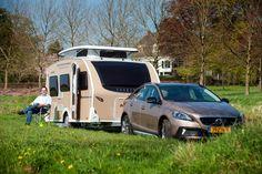 Een unieke combinatie deze Volvo V40 Cross Country en deze Dethleffs Caravan