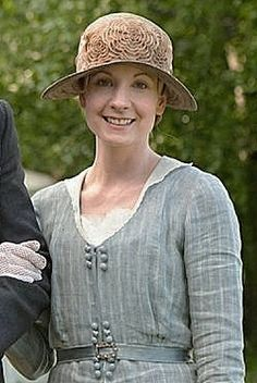 Downton Abbey hats and costumes - servants at the cricket match