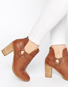 500647c63e206 537 meilleures images du tableau A nos pieds  Chaussures   Loafers ...