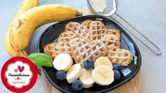 Bananenwaffeln - Thermomix® - Rezept von Thermiliscious Desserts Thermomix, Waffles, French Toast, Breakfast, Food, Banana Waffles, Recipes With Bananas, Food Portions, Food Food