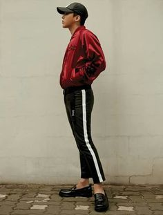VISIT FOR MORE 8 seconds g-dragon gdragon 2016 big bang gdragon gdragon fashion. Fashion Line, Kpop Fashion, Korean Fashion, Mens Fashion, Fashion Outfits, Daesung, G Dragon 2016, G Dragon Fashion, G Dragon Top