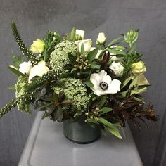 Seasonal White & Green Bouquet by @gardeniaorganic in our Black Linen Ceramic Vase.