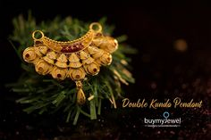 Alluring double kunda pendants, live now. Nose Ring Jewelry, Hand Jewelry, Gold Mangalsutra Designs, Gold Earrings Designs, Jewelers Workbench, Tikka Jewelry, Gold Pendent, New Jewellery Design, Diamond Necklace Set