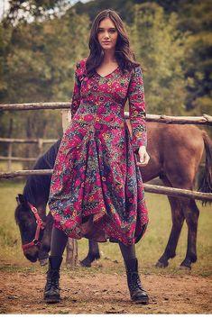 Asymmetrical Floral Boho Dress, Long Sleeve Maxi Dress, Dress With Pockets Boho Floral Dress, Bohemian Skirt, Long Sleeve Cotton Dress, Urban Chic, The Dress, Dress Long, Asymmetrical Dress, Winter Dresses, Boho Outfits