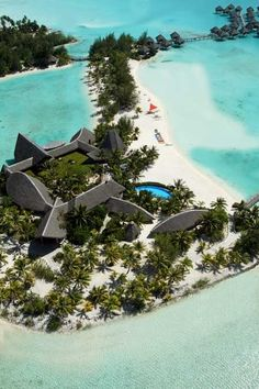 Bora Bora Island – One of the most Exotic and Romantic Islands Le Meridien Resort