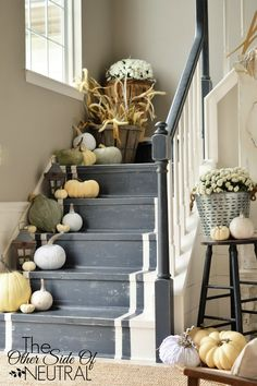 Fall staircase. I love these painted stairs!! #falldecorating #paintedstairs
