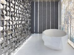 Take a close look at the current home décor trends in free standing bath tubs leading the interior design industry and forecasting for next year. Metal Tile, Ceramic Tiles, Bathtub, Shabby Chic Baby Shower, Tiles, Stone Bathtub, Wall Tiles, Bathroom Design, Bathroom
