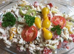 Nejlepší recepty na zeleninové saláty – postup, ingredience a druhy receptů | NejRecept.cz Finger Foods, Cobb Salad, Grains, Salads, Recipes, Meal, Red Peppers, Lasagna, Kochen