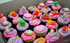 Alice in Wonderland wedding cupcakes by cotton candy bakeshop, via Flickr