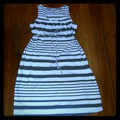Old Navy - Maternity Long Maxi Dress Gray Striped Old Navy Maternity Long Maxi Dress Gray Striped . Size Large. Worn once.  In Excellent Condition. If you have any questions feel free to ask. Thanks for looking &Happy Poshing . Old Navy Dresses Maxi