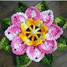 Source by Rabenprinzessin Crochet Flower Tutorial, Crochet Flower Patterns, Crochet Designs, Crochet Flowers, Crochet Ornament Patterns, Freeform Crochet, Crochet Motif, Crochet Doilies, Crochet Stitches
