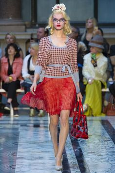 Vivienne Westwood Spring 2013 Ready-to-Wear Fashion Show Collection