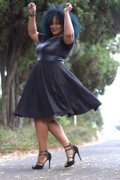 Plus size fashion has come a long way and today, we share a few tips so that you can have fun with your personal style!