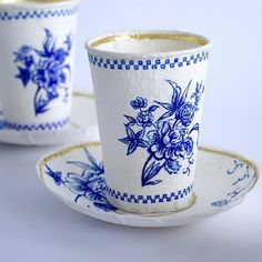 Ceramicist Rebecca Wilson created a beautiful series of disposable paper cups made to resemble fine china